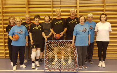 L'équipe des séniors – toujours prête pour jouer ensemble
